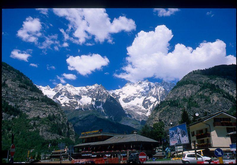 Courmayeur, looking toward Monte Bianco