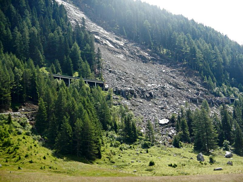 Landslide takes out Felbertauren Strasse tunnel