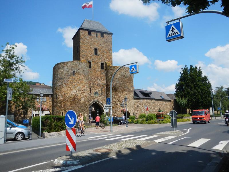 Ahrweiler Gate