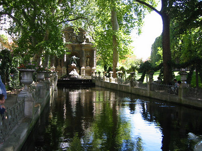 The lovely Medici Fountain in Luxembourg Gardens