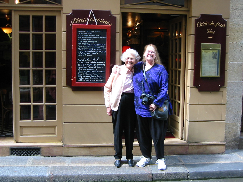 We had lunch at Bistro d'Henri, which Enid and Anne obviously approved.