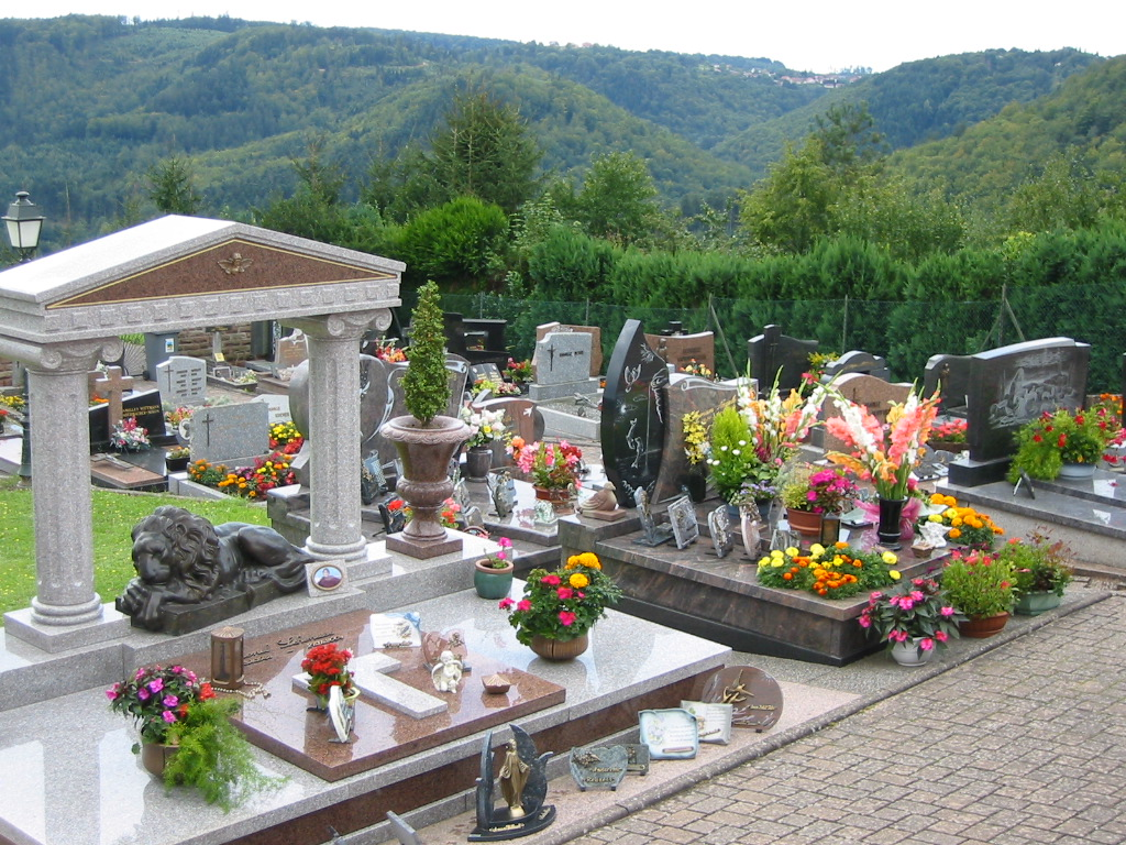 The cemetery. The French do love their cemeteries!