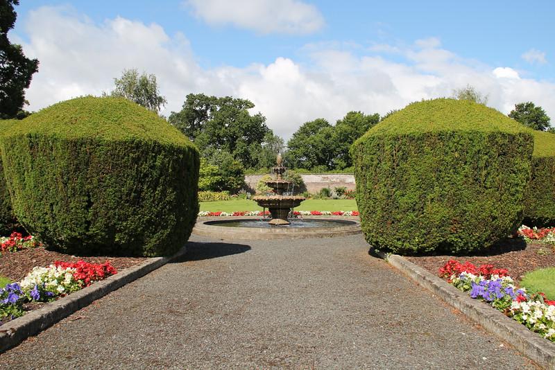 hedges = amazing