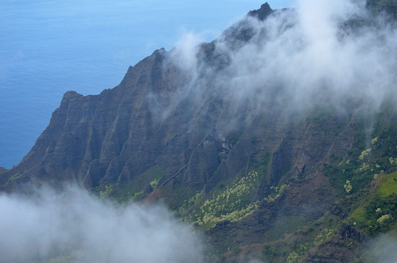 Na Pali cliffs at Koolau<br /> Kauai