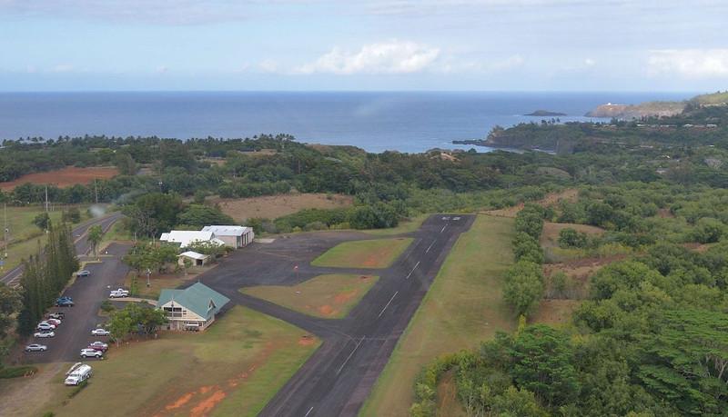 Descending into Princeville airport<br /> Kauai