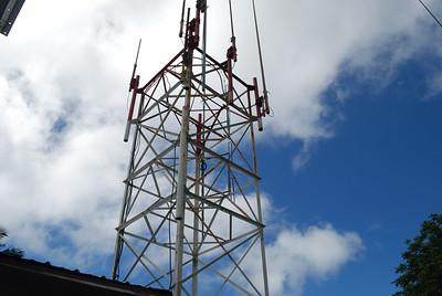 Mt Olotele Installation, NOAA weather radio transmitter antennas and tower