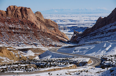 I-70 meanders through the majestic landscapes of Utah.