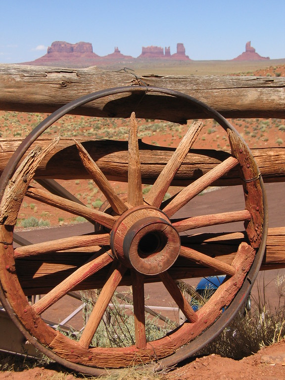 Monument Valley wagon wheel, Arizona and Utah
