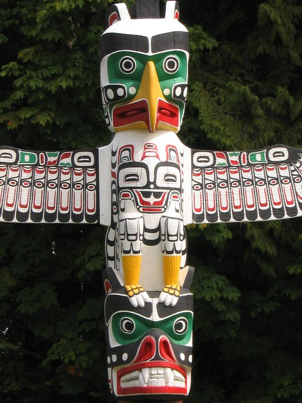 Totem Pole eagle middle, Vancouver, BC, Canada
