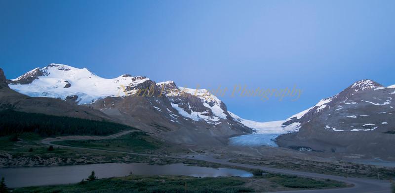 Sunrises over Athabasca Glacier