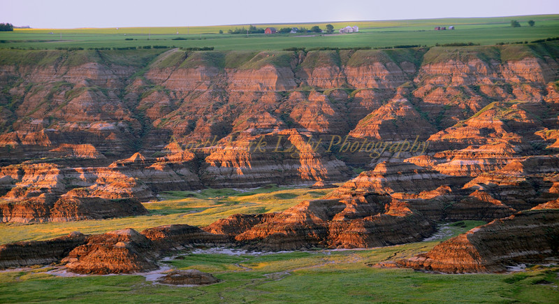 Sunsets on Horse Thief Canyon in Alberta.