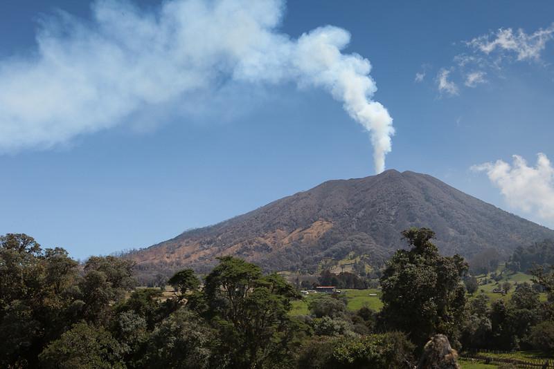 Driving up towards Turrialba volcano.