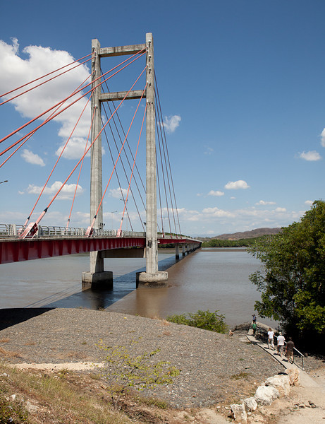 La Amistad de Taiwan bridge over the Rio Tempisque.