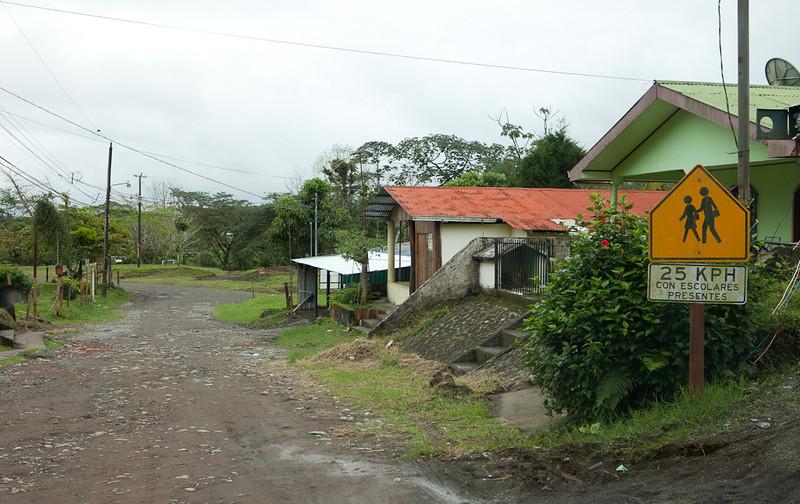 School zone, El Castillo.