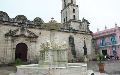 La Fuente de los Leones (Lion Fountain)