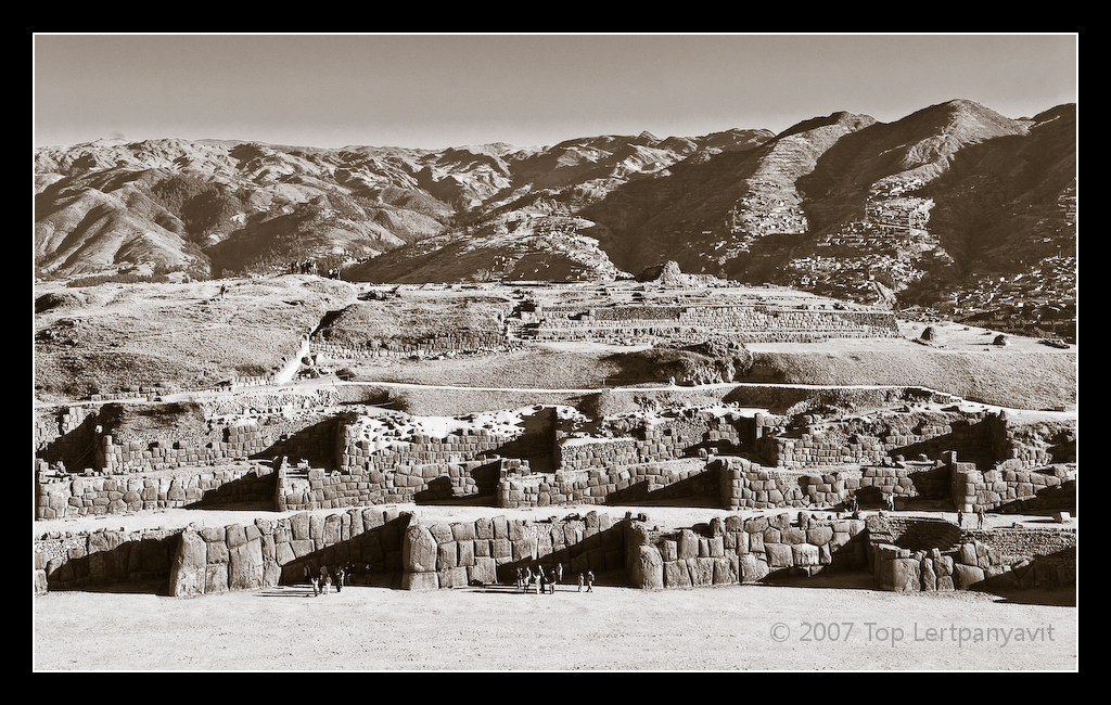 Sacsaywaman ruins form the shape of a Jaguar's jaws with Cuzco as the body