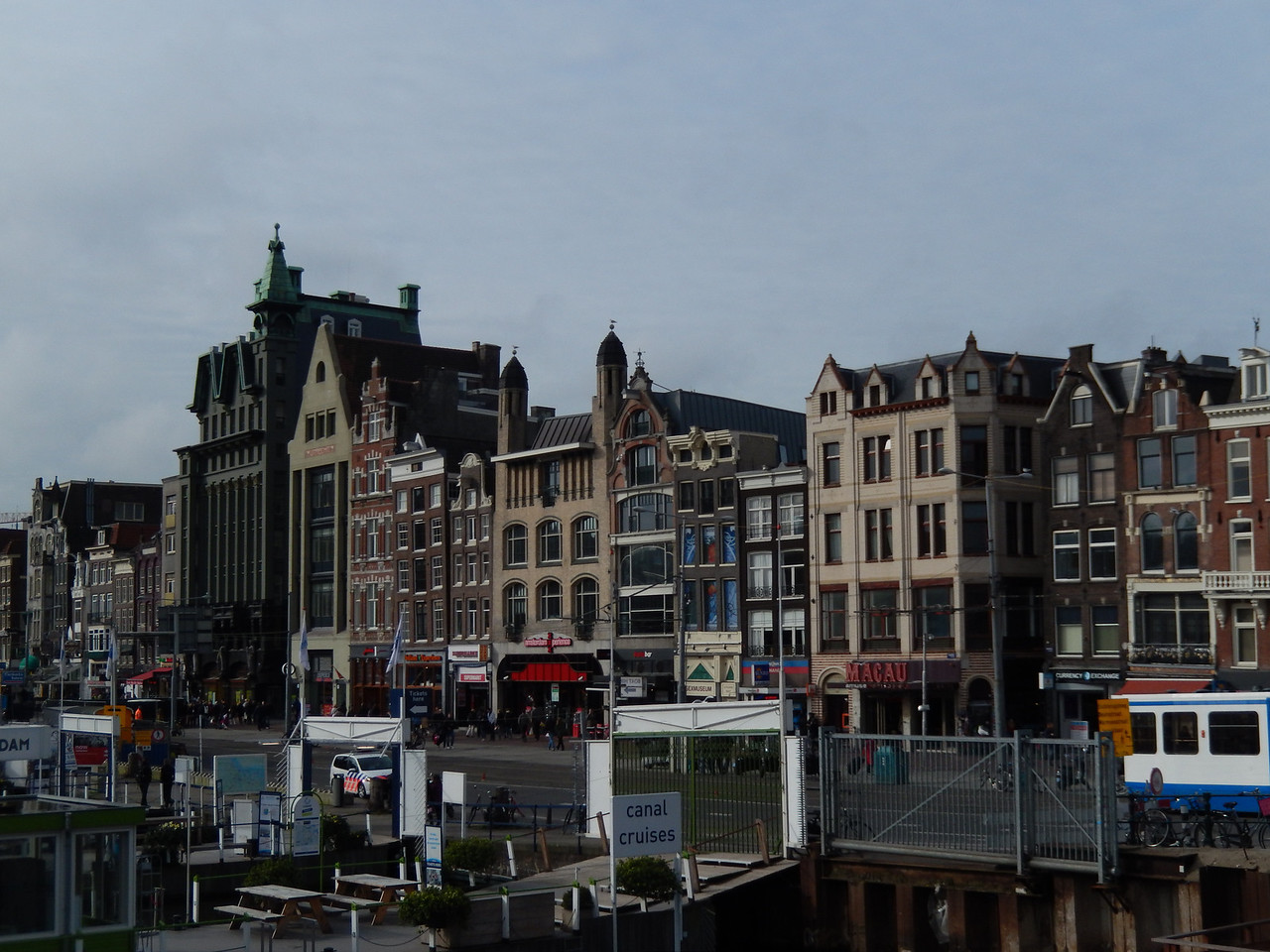 Amsterdam (20) Damrak Straat