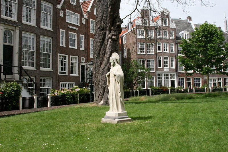 The Beguinhof, the home of an old social order of women in Amsterdam.