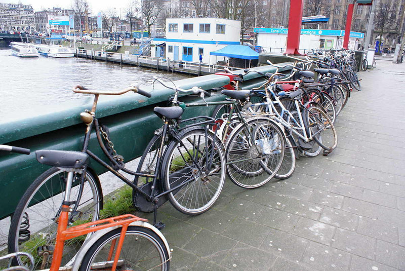 In all of Amsterdam's many bicycles there seems to be relatively few modern bikes - most seem to be family heirlooms, passed down from generation to generation.