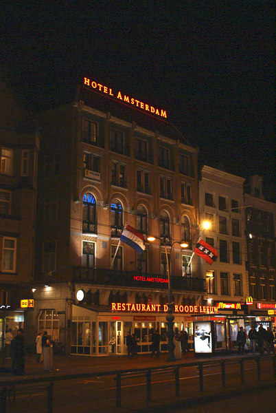 Hotel Amsterdam on the Damrak