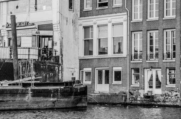 Amsterdam: Grachts, not so glamorous