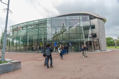 Van Gogh Museum entrance