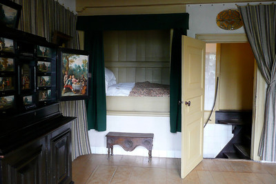 Canal Room