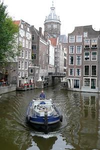 Boat on Oudezijds Voorburgwal