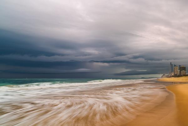 Surfers  Paradise & the Swirl