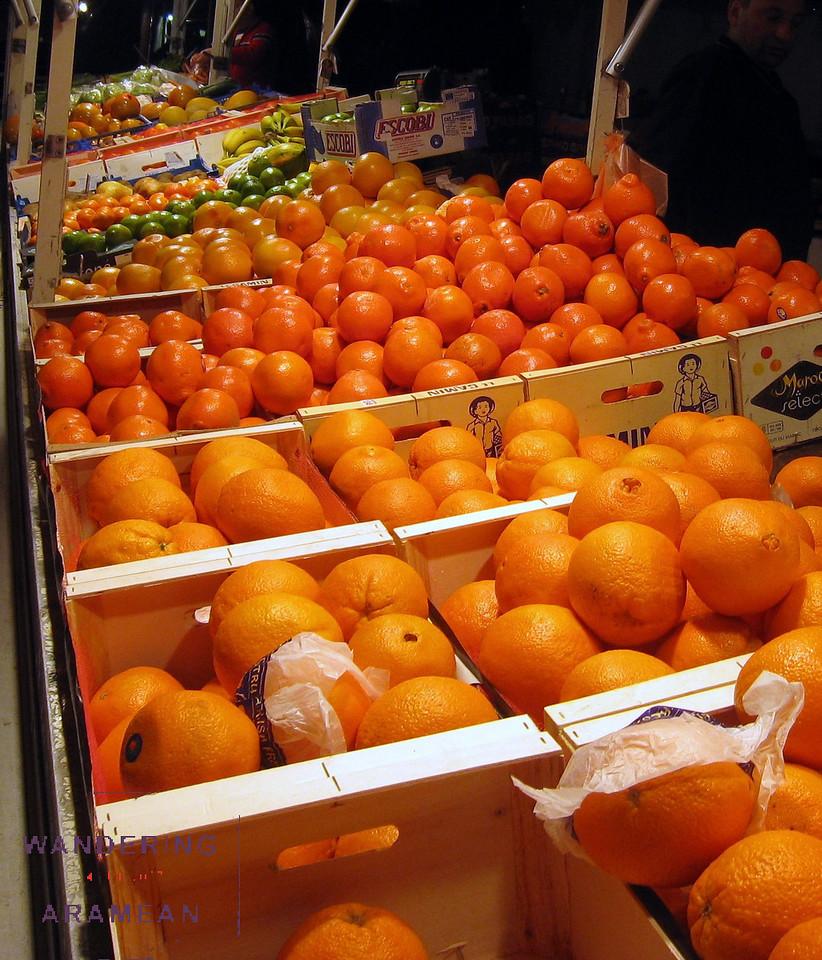 Fruit in the night market