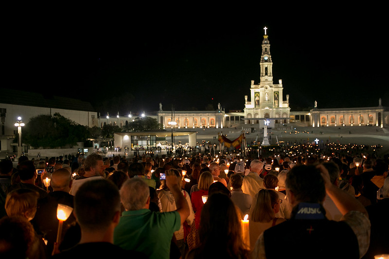 Candelight rosary and procession in Fatima