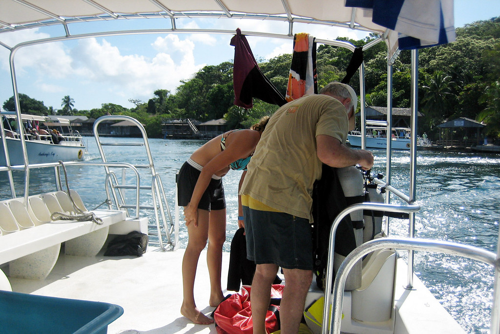Ana and Papi get ready for a private dive to the Aguila wreck on Friday.