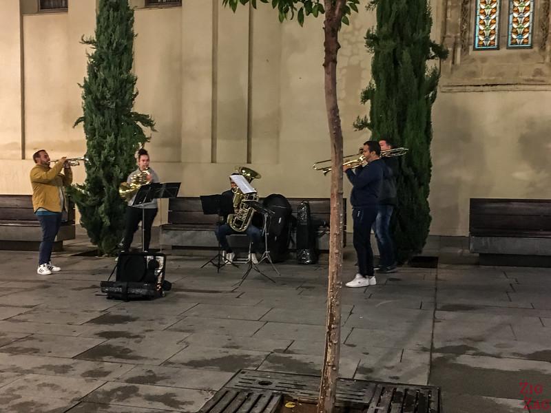 Musiciens de rue à Séville