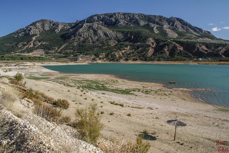 North Lake Negratin beach