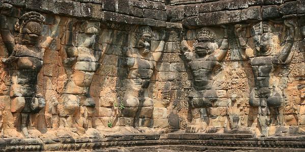 Walls along Angkor Thom Complex