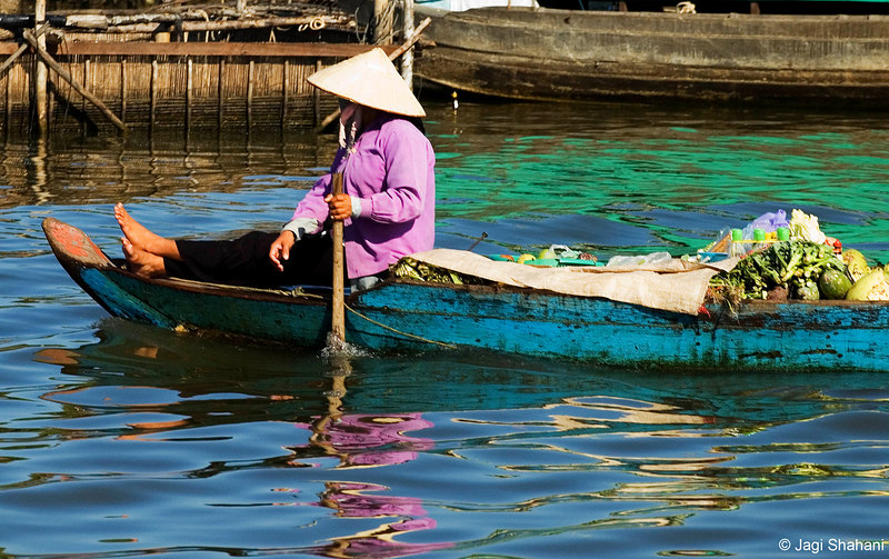 Floating Vegetable shop at Tonle Sap