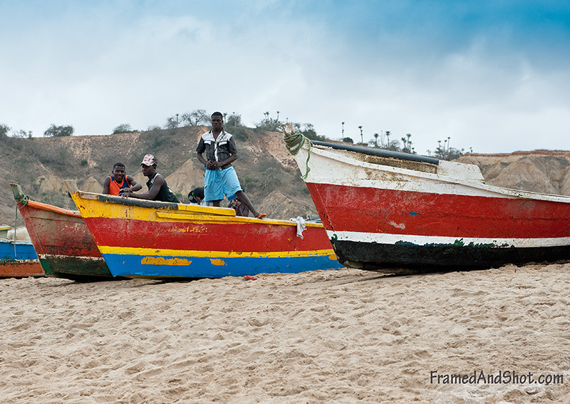 <strong><Center>Fishing Village in Angola