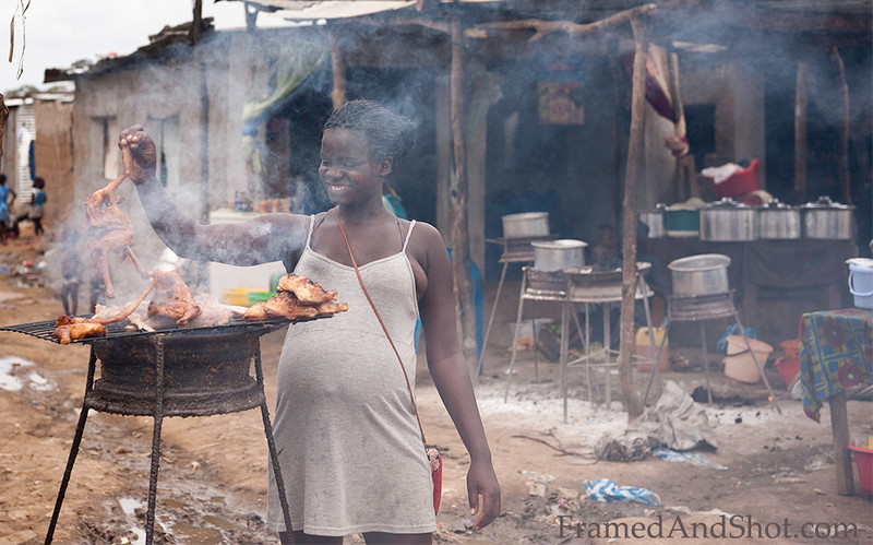 <strong><center>Grilled chicken for lunch!<br> The markets are a wonderful mix of selling, buying, children playing, food being prepared and life lived in every sense