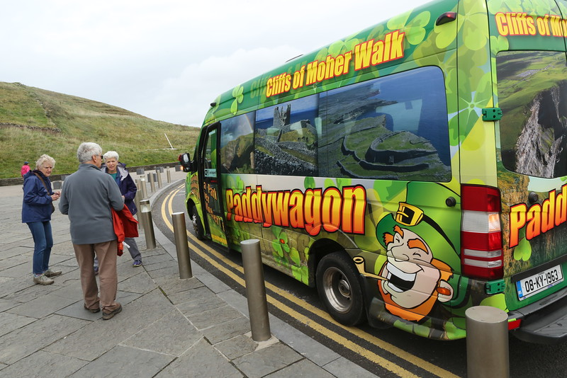 The Paddywagon - takes us the easy way back to Doolin