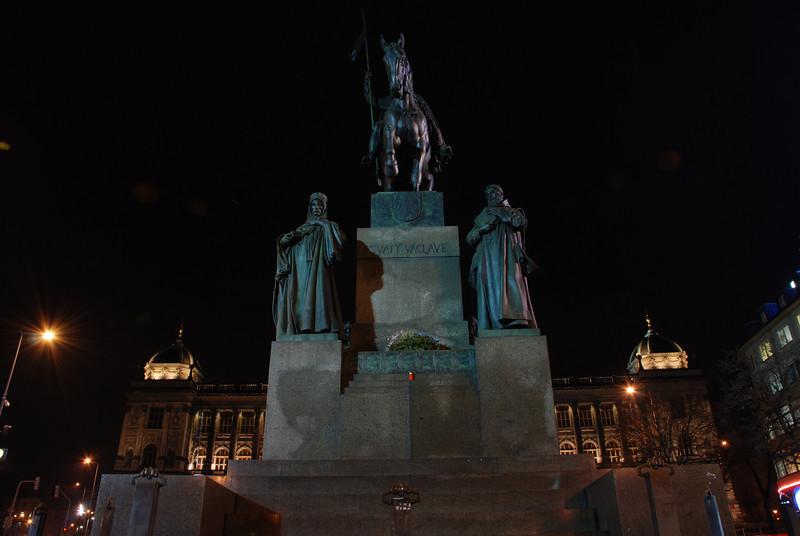 Good King Winselas Square at Night 12