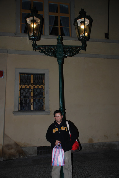 Tony and Gaslight in Prague 1