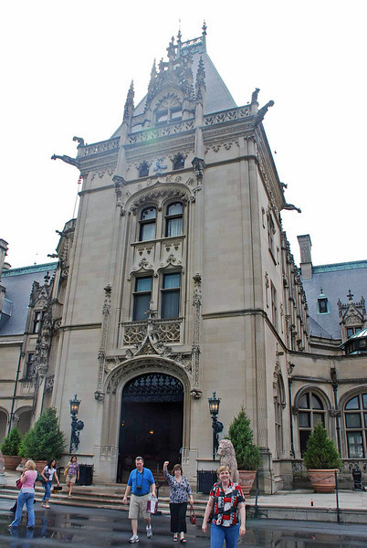 The main entrance to the Biltmore House.