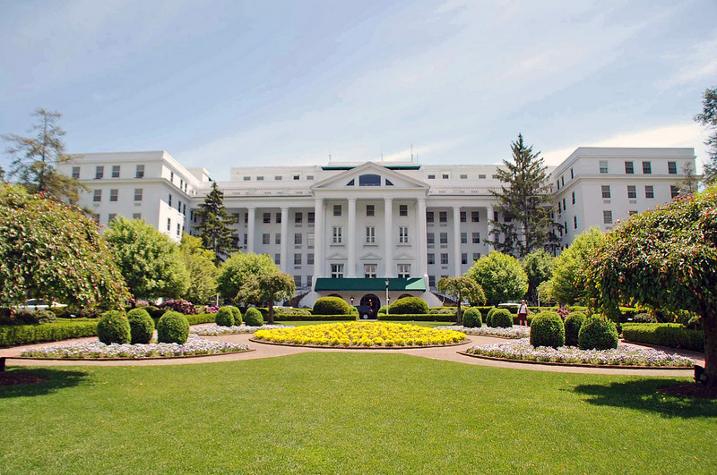 The Greenbrier north entrance.