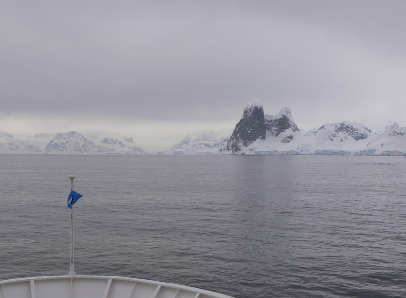 Heading towards Cape Renard and the Lemaire Channel