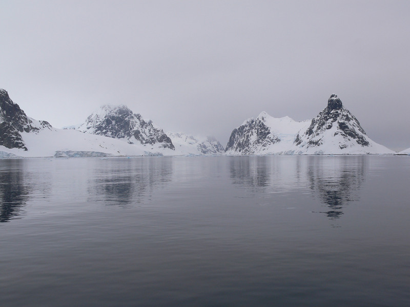 The Lemaire Channel, the Continent on the left and Booth Island on the right.