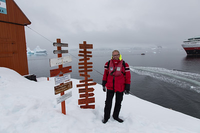 Almirante Brown Base, antarctica with MS_Fram