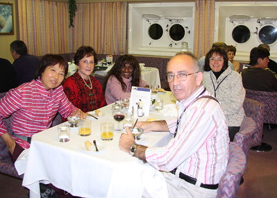 Our first meal in the dining room with Rosrin, Colette, Irene, Sharon and Ron. Luckily, Irene and Ron, from Geneva, speak French!