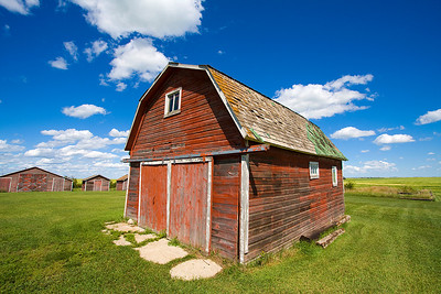 one of Uncle David's barns (not sure why he has so many)