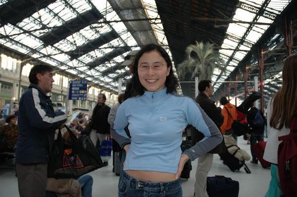 Sheila in the Gare du Nord, Paris, en route to Beaune.