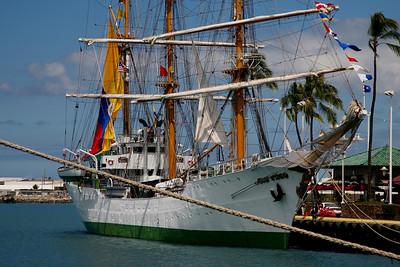 Honolulu: Columbia's Arc Gloria Cadet Ship Comes to Town